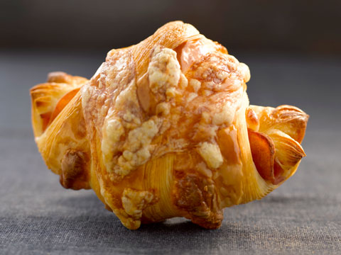 how to make ham and cheese croissants